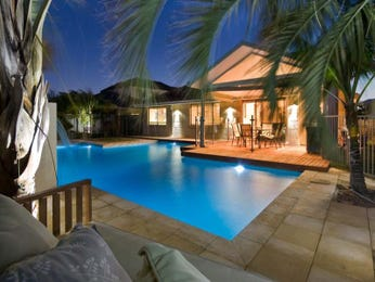 Outdoor living design with pool from a real Australian home - Outdoor Living photo 487370