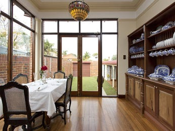 Photo of a dining room design idea from a real Australian house - Dining Room photo 15579733