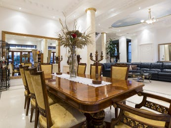 Photo of a dining room design idea from a real Australian house - Dining Room photo 8330137