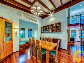 Classic dining room idea with floorboards & exposed eaves - Dining Room Photo 8777345