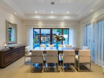 Classic dining room idea with glass & floor-to-ceiling windows - Dining Room Photo 16022881