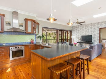 Pendant lighting in a kitchen design from an Australian home - Kitchen Photo 2308709