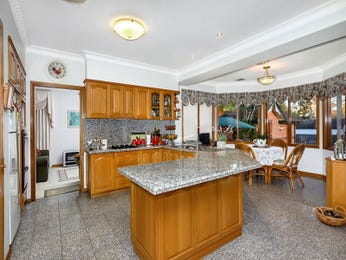 Wood panelling in a kitchen design from an Australian home - Kitchen Photo 8504685