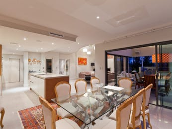 Photo of a dining room design idea from a real Australian house - Dining Room photo 14960877