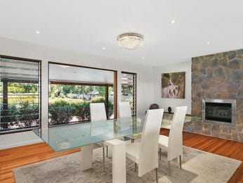 Photo of a dining room design idea from a real Australian house - Dining Room photo 17018009