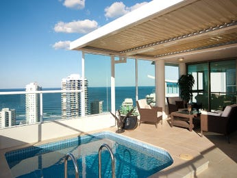 Outdoor living design with balcony from a real Australian home - Outdoor Living photo 259749