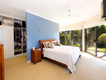Classic bedroom design idea with hardwood & built-in shelving using blue colours - Bedroom photo 453173