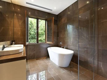Country bathroom design with freestanding bath using frameless glass - Bathroom Photo 466042
