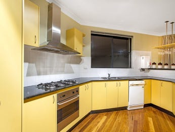 Wood panelling in a kitchen design from an Australian home - Kitchen Photo 8664905