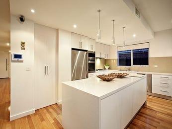 Classic kitchen-living kitchen design using wood panelling - Kitchen Photo 265064