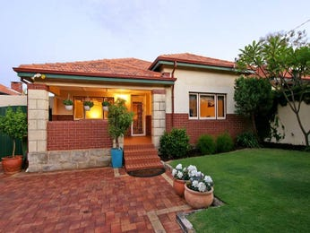 Photo of a brick house exterior from real Australian home - House Facade photo 364269