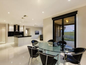 Photo of a dining room design idea from a real Australian house - Dining Room photo 7126549