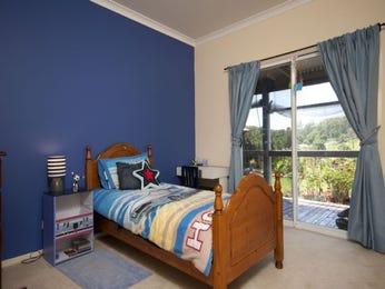 Children's room bedroom design idea with carpet & balcony using beige colours - Bedroom photo 996522