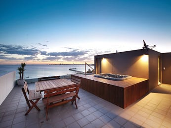 Outdoor living design with outdoor dining from a real Australian home - Outdoor Living photo 14955233