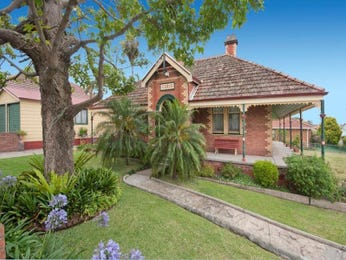 Photo of a brick house exterior from real Australian home - House Facade photo 870804
