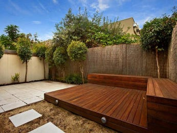Outdoor living design with deck from a real Australian home - Outdoor Living photo 1168792