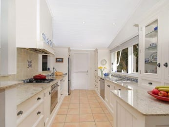 Galley kitchen designs in blue for Country galley kitchen designs