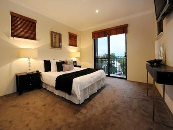 Modern bedroom design idea with carpet & balcony using black colours - Bedroom photo 1211753