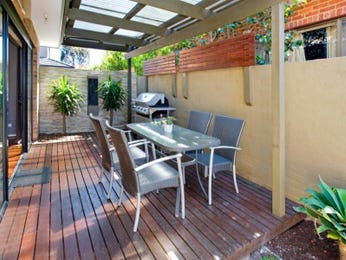 Outdoor living design with bbq area from a real Australian home - Outdoor Living photo 648586