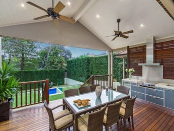 Outdoor living design with balcony from a real Australian home - Outdoor Living photo 8555237