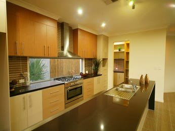 Retro island kitchen design using granite - Kitchen Photo 272701