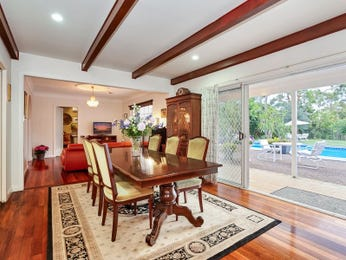 Photo of a dining room design idea from a real Australian house - Dining Room photo 6955037