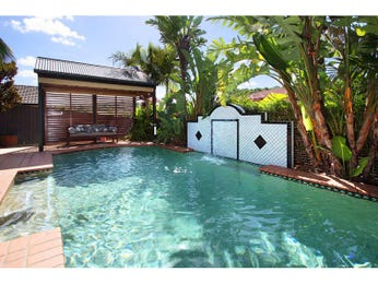In-ground pool design using brick with gazebo & outdoor furniture setting - Pool photo 1298936