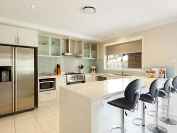 Modern open plan kitchen design using frosted glass - Kitchen Photo 7156361