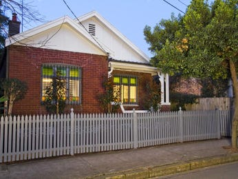 Photo of a brick house exterior from real Australian home - House Facade photo 1601756
