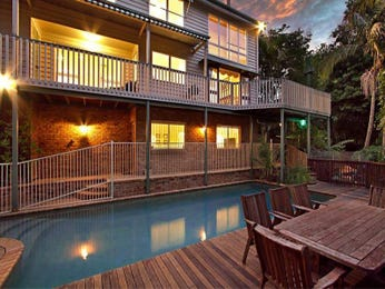 In-ground pool design using timber with outdoor dining & decorative lighting - Pool photo 1220362