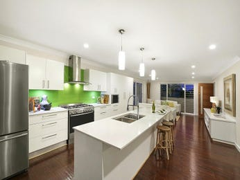 Pendant lighting in a kitchen design from an Australian home - Kitchen Photo 8461117