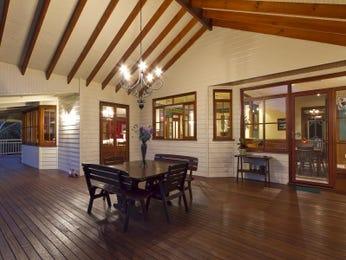 Classic dining room idea with floorboards & bay windows - Dining Room Photo 821856