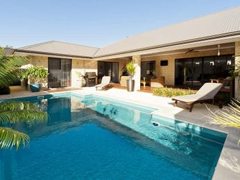 Geometric pool design using brick with bbq area & outdoor furniture setting - Pool photo 1165816