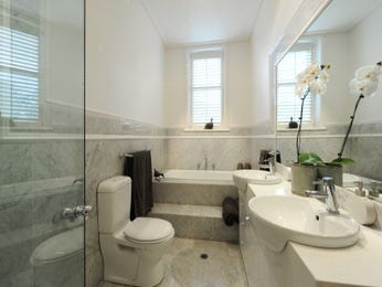 Modern bathroom design with twin basins using frameless glass - Bathroom Photo 767521