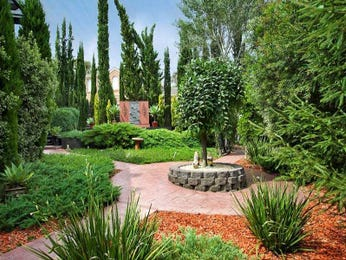 Photo of a landscaped garden design from a real Australian home - Gardens photo 860521