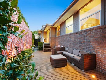 Outdoor living design with retaining wall from a real Australian home - Outdoor Living photo 7418149