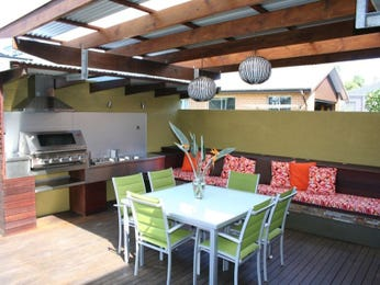 Outdoor living design with bbq area from a real Australian home - Outdoor Living photo 338296