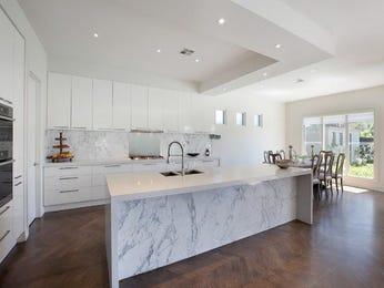 Modern kitchen-dining kitchen design using hardwood - Kitchen Photo 674791