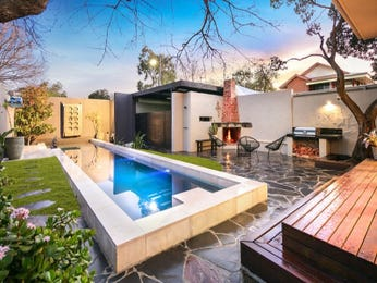 Modern pool design using slate with bbq area & outdoor furniture setting - Pool photo 16276937