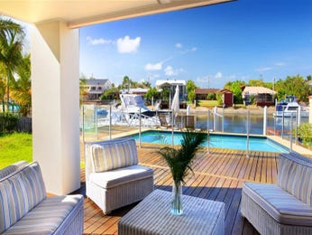 Outdoor living design with balcony from a real Australian home - Outdoor Living photo 332654