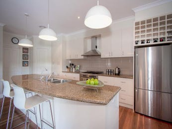 kitchen designs with island bench and pendant lighting