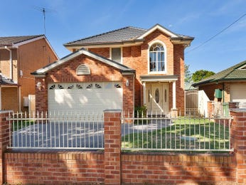 Photo of a brick house exterior from real Australian home - House Facade photo 627936