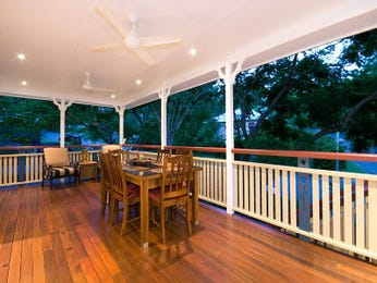 Outdoor living design with balcony from a real Australian home - Outdoor Living photo 335995