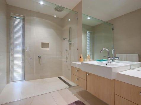 Nice shower with door