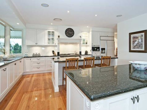 View the country kitchens photo collection on home ideas for Australian country kitchen designs