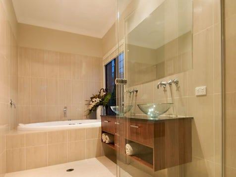 Dbl sink; raised sink bowl, bath and shower