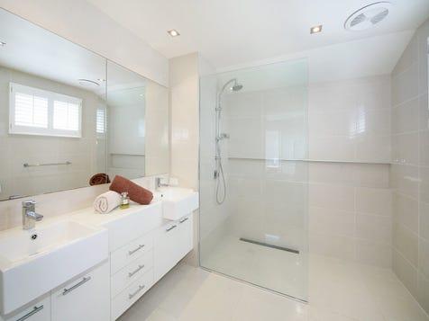 Dbl sink by shower