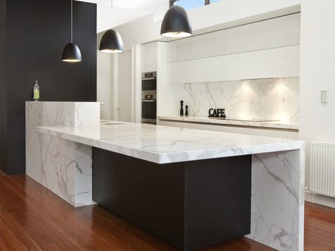 MODERN MAGNIFICENCE