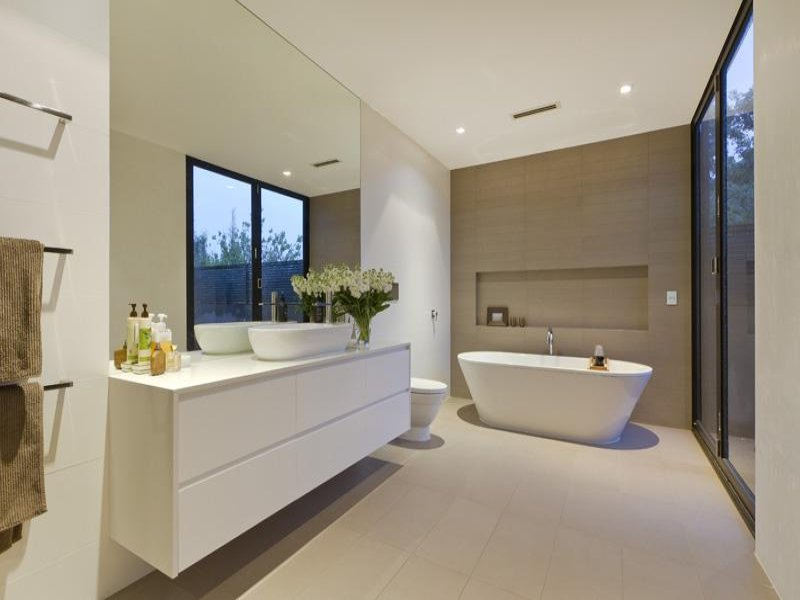 Modern bathroom design with freestanding bath using for Main bathroom design ideas