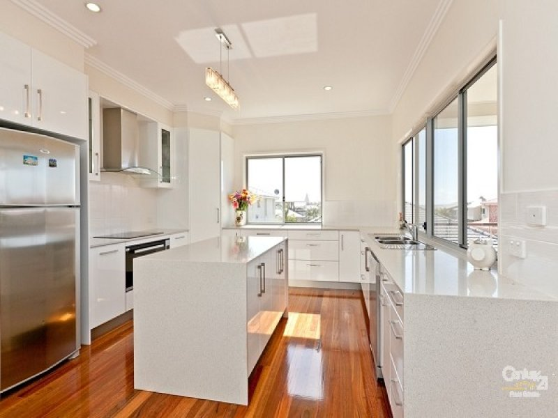 Galley Kitchen Design Ideas Nz ~ Country galley kitchen design using floorboards